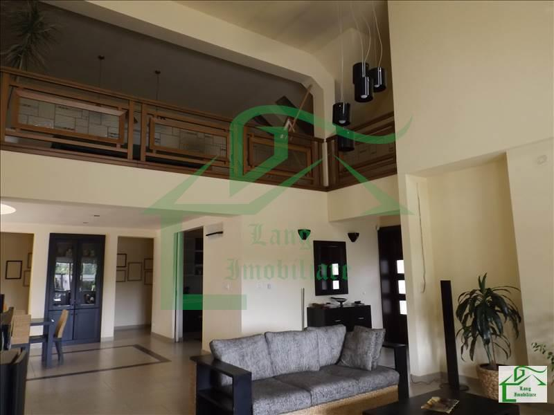 Casa 8 camere de vanzare Aradul Nou X1RF1127D