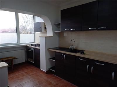 Apartament 3 camere de vanzare zona Centrala 1962